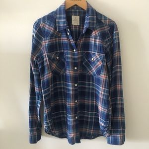 AEO Flannel Print Long Sleeve Button Up Shirt